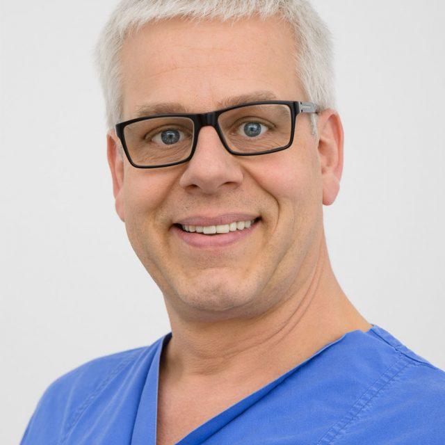 Facharzt für Anästhesiologie